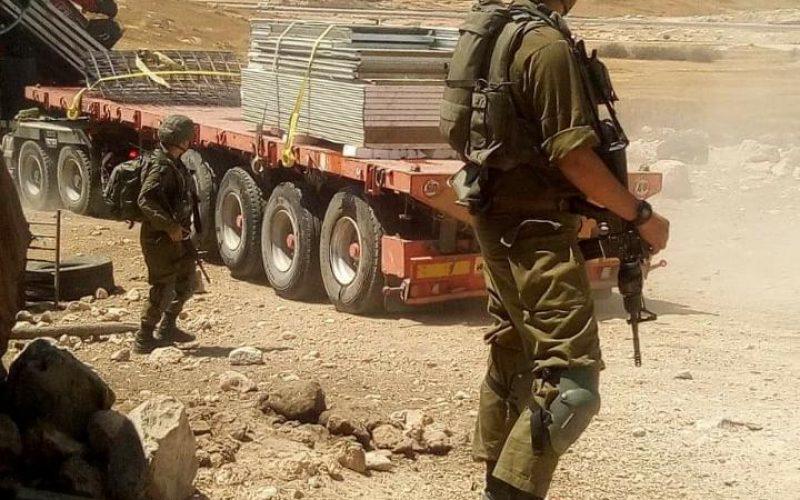 الاحتلال يهدم ويصادر مسكنين في قرية زنوتا جنوب محافظة الخليل