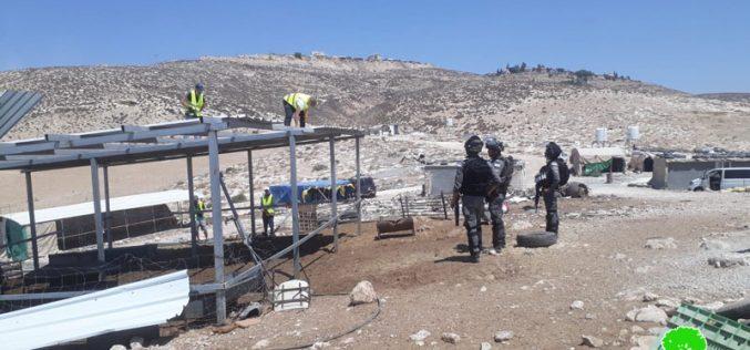 هدم ومصادرة منشآت زراعية في خربة الرهوة جنوب الظاهرية بمحافظة الخليل
